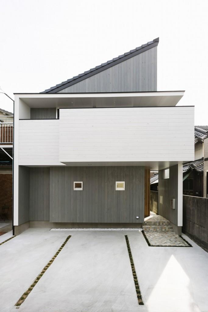facade_01-min